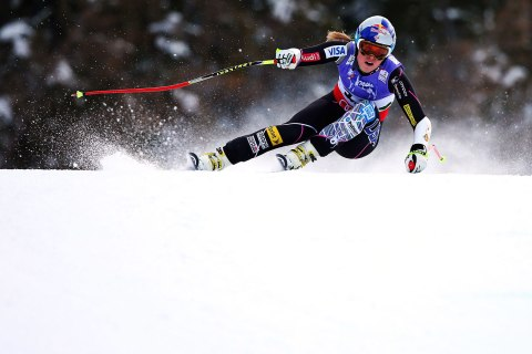 Lindsay Vonn of the United States of America skis before crashing while competing in the Women's Super G event during the Alpine FIS Ski World Championships in Schladming, Austria, Feb. 5, 2013.