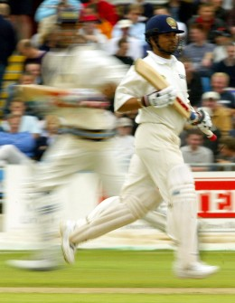 INDIA'S TENDULKAR RUNS BETWEEN THE WICKETS DURING THE THIRD TEST AGAINST ENGLAND AT HEADINGLEY.